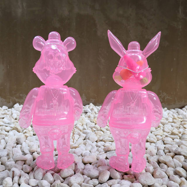 Frank Kozik x BlackBook Toy:A Clockwork Carrot Sakura Clear Lil Alex, Dim(not a set) with mini Carrots